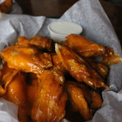 Best Buffalo Wings in West Des Moines | Coach's Pizza